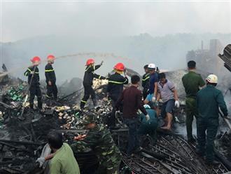 Đi làm xa, cha mẹ đau đớn hay tin con gái lớp 7 chết thảm trong đám cháy thiêu rụi 12 căn nhà ở Cà Mau