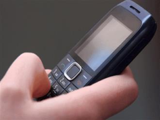 Bi kịch Covid-19 tại đất nước 1,3 tỷ dân: Không mua nổi smartphone cho con học online, cha treo cổ tự vẫn, con gái hối hận đến cuối đời