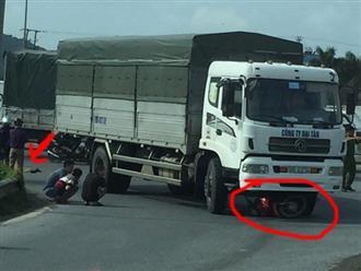 Bị xe tải chèn qua, người phụ nữ tử vong thương tâm