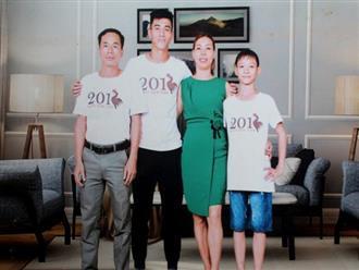 Bố cầu thủ ngôi sao trong đội tuyển Việt Nam: 'Từ lúc diễn ra AFF Cup đến nay, vợ chồng tôi chưa một lần xem con đá trọn vẹn'