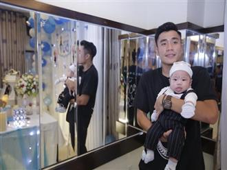 Cầu thủ Bùi Tiến Dụng lần đầu khoe mặt quý tử trong ngày Việt Nam đại thắng Indonesia