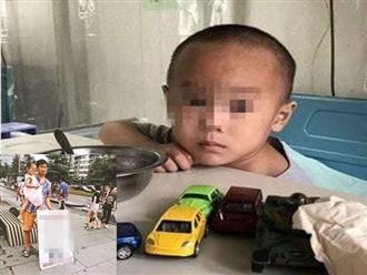 Cha mang con gái đi bán kiếm tiền chữa bệnh cho con trai gây phẫn nộ