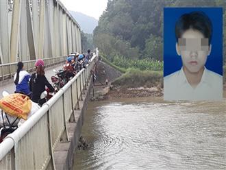 Cha mẹ khóc ngất khi hay tin con trai 16 tuổi tử vong, thi thể nổi dưới gầm cầu