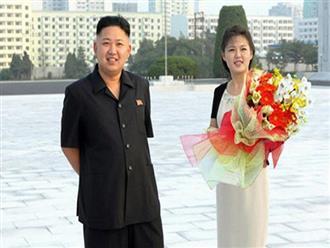 Chân dung người vợ xinh đẹp, bí ẩn và cuộc tình kín tiếng của Chủ tịch Triều Tiên Kim Jong-un