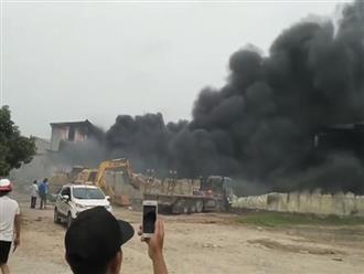 Cháy dữ dội tại kho xưởng của người Trung Quốc thuê ở Hưng Yên