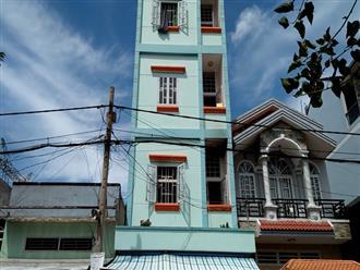 Cháy nhà trọ 3 tầng ở Sài Gòn, công nhân tháo chạy thục mạng