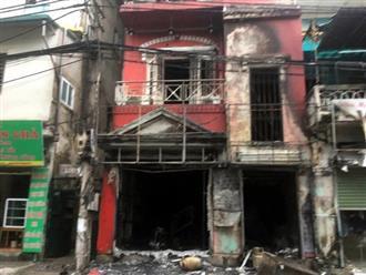 Hà Nội: Thay bình gas bất cẩn gây cháy và nổ kinh hoàng ở ngôi nhà 4 tầng, 2 người bị bỏng nặng