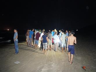 3 học sinh vừa đỗ đại học chết đuối thương tâm khi đi tắm biển