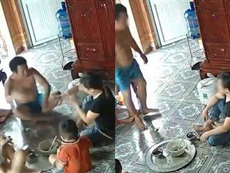 Clip chồng đập chén, mắng chửi vợ trước mặt 3 con nhỏ trong bữa cơm khiến chị em xót xa: 'Phận đàn bà hơn nhau là ở tấm chồng'