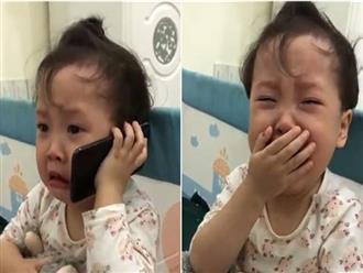"""Đáng yêu """"nổ"""" MXH: Cô bé 3 tuổi khóc lóc gọi điện cầu cứu ông nội vì bị bố trêu đến không ngủ được!"""