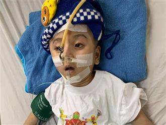 Cộng đồng mạng xót xa, không ngừng cầu nguyện khi hay tin bé Đức Lộc nhập viện cấp cứu