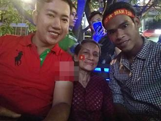 Cụ bà 66 tuổi mong Olympic Việt Nam chiến thắng để 'đi bão'