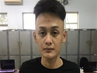 Cướp giật táo tợn ở Sài Gòn: Đánh đập rồi dùng dao đâm nạn nhân, xịt hơi cay cả người đi đường đến ứng cứu