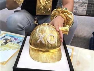 Đại gia Phúc XO 'chơi lớn' mua mũ vàng nặng 2kg, đính tên bằng 260 viên kim cương