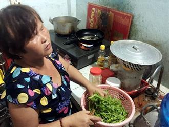 Đám cưới trong mơ của đôi vợ chồng mù bán vé số khắp Sài Gòn