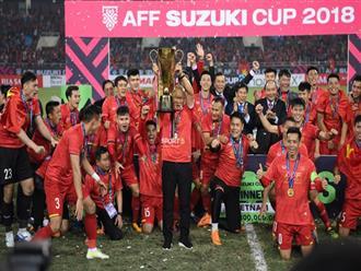 Nức mũi với lời khen dân mạng Trung Quốc dành cho đội tuyển Việt Nam: 'Đội bóng của chúng ta không thể nào địch nổi'
