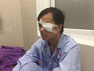Nhóm bạn của bệnh nhân xông vào đánh công an, đánh cả bác sĩ cấp cứu đến rách mắt
