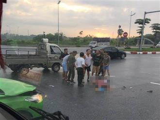 Hà Nội: Va chạm với xe taxi tại ngã tư, đôi vợ chồng tử vong thương tâm