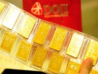 Giá vàng hôm nay 23/5: USD treo cao, vàng nằm ở đáy