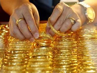 Giá vàng hôm nay 3/5: Vàng chao đảo trước ngưỡng nhạy cảm