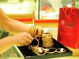 Giá vàng hôm nay 5/8: Giá vàng xuống mức thấp nhất trong một năm