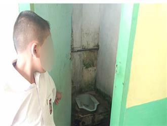 Giáo viên phạt học sinh tiểu học liếm nhà vệ sinh 12 lần vì quên làm bài tập