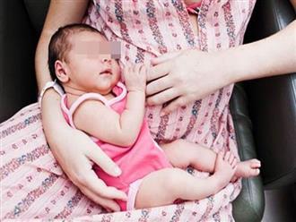 Mẹ trẻ mới sinh than khổ 'miếng ăn là miếng nhục' vì mỗi lần ăn gần như phải lạy chồng, bị cả nhà lườm nguýt