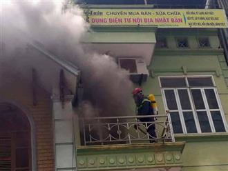 Hà Nội: Cháy nhà 5 tầng, nhiều người dân hoảng loạn