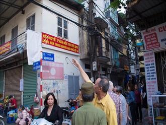 """Hà Nội: Hàng chục hộ dân nhà bêtông kiên cố thảng thốt vì bị đưa vào diện thu hồi nhà gỗ """"xập xệ"""""""