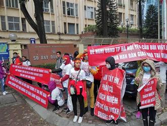 """Hà Nội: """"Vỡ mộng"""" nhà ở xã hội Bright City, dân """"kêu cứu"""" trước cổng Sở Xây dựng"""