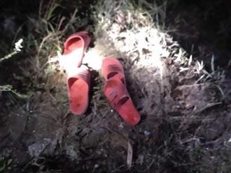 Hà Tĩnh: Tìm thấy thi thể 2 bé trai mất tích, để lại dép bên bờ sông