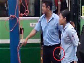 TP.HCM: Hai xe bus va chạm giao thông, nhân viên định lấy búa để giải quyết với đồng nghiệp