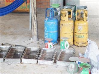 Hàng nghìn bình gas gỉ thu giữ tại khu vực sang chiết lậu