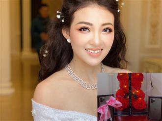 Hé lộ quà 20/10 'khủng' của 'cô dâu 200 cây vàng' từng gây xôn xao MXH ở Nam Định