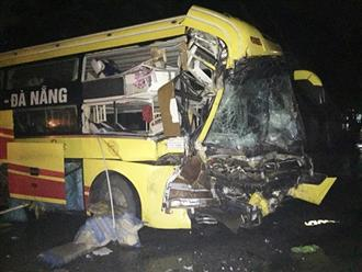 Xe khách đâm xe đầu kéo khiến nhiều người thương vong: Hành khách hoảng loạn kêu cứu