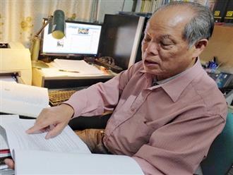 """PGS.TS Bùi Hiền nói về phần 2 cải tiến tiếng Việt: """"Kuộk sốw"""" gồm kí tự k (cờ) và w (ngờ), ghép lại vẫn đọc là cuộc sống thôi!"""