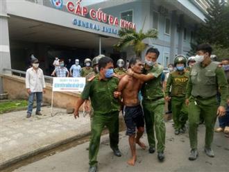 Khống chế kẻ mang dao và xăng đến đốt Bệnh viện Quảng Ngãi