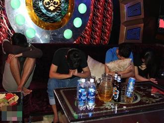 Lại phát hiện nhóm nam nữ 9X cùng 'bay' tại karaoke Pha Lê