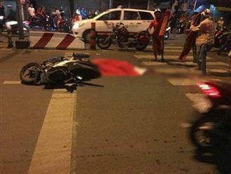 """Liên tiếp xảy các vụ va chạm lúc đi """"bão"""" ở Sài Gòn, nhiều người thương vong nằm bất động trên đường"""