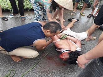 Người đàn ông ăn mặc sang trọng bị dân vây đánh: Nghi bắt cóc trẻ em