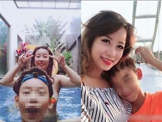 Mẹ để trần tắm cùng con trai 12 tuổi lên tiếng sau khi bị 'ném đá': 'Cha mẹ nào cũng tắm cùng con sao lại chỉ trích tôi?'