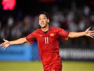 Mới mở màn trận đấu, Anh Đức đã ghi bàn chiếm ưu thế cho đội tuyển Việt Nam, nhận thưởng ngay 1 tỷ