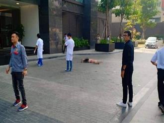 Hà Nội: Một người đàn ông nghi tử vong bất thường dưới sân tòa nhà cao cấp
