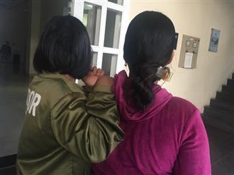 """Người mẹ đau đớn làm đơn tố cáo ông nội hiếp dâm con gái 11 tuổi: """"Lúc hỏi, con bé khờ khạo nói bị ông ấy làm đau"""""""