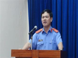 Nguyên Phó Viện trưởng VKSND Đà Nẵng ép hôn, sàm sỡ bé gái trong thang máy: Tôi chỉ nựng