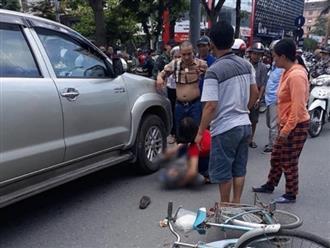 Tài xế xe bán tải lùi trúng khiến cụ bà tử vong có hơi men?