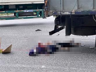 Hình ảnh đau lòng MXH: Thi thể mẹ cùng con gái 8 tuổi biến dạng dưới bánh xe tải
