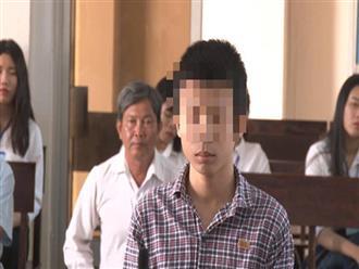 Muốn trả nợ thay mẹ, thiếu niên 15 tuổi cắt cổ lái xe ôm cướp tài sản