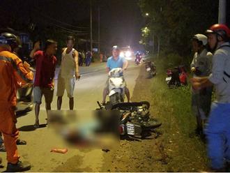 Tông xe kinh hoàng trước cơ sở cai nghiện, 2 người thương vong