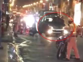 TP.HCM: Tài xế ô tô say xỉn tông vào xe đặc chủng CSGT rồi bỏ chạy